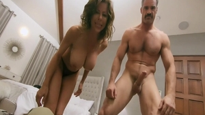 Alexis Fawx dick sucking live on cam