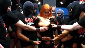 Dirty Mary & shaved redhead The Latex Queen handjob XXX