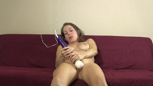Huge tits Lelu Love feels the need for nailed rough