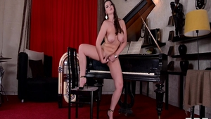 Plump brunette Cherry Blush has a passion for nailed rough