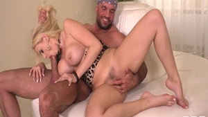 Larry Steel together with Angel Wicky pussy fuck