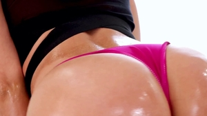 Oily sex scene along with thick Jada Stevens in HD