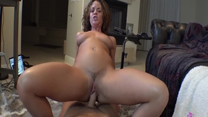 Rahyndee James is so big ass babe