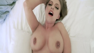 Inked & busty Britney Amber reverse cowgirl