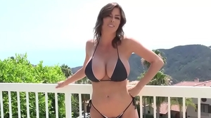 Big ass Alexis Fawx goes wild on cock video