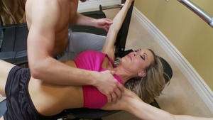 Muscled mature Brandi Love helps with raw sex HD