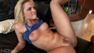 Pornstar Alexis Texas hardcore pussy eating in the bed