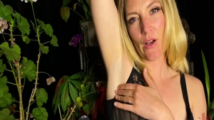 Erotic babe Mona Wales has a thing for fucking hard HD