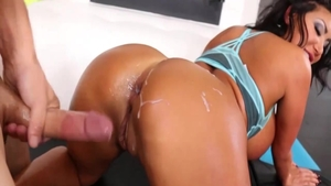 Creampie accompanied by glamour asian pawg August Taylor
