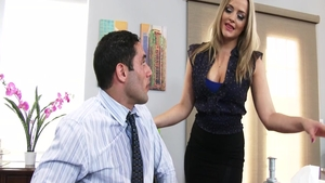 Horny Alexis Texas feels the need for sex scene