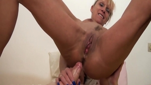 Pussy eating alongside passionate glamour french chick