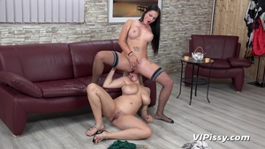Huge tits mature wishes hard sex in HD