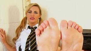 Naughty british barefoot roleplay