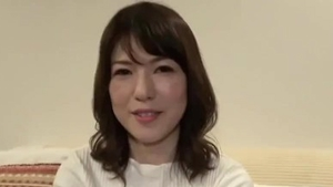Japanese amateur has a thing for ramming hard in HD
