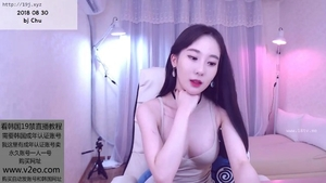 Young korean babe blowjobs in HD