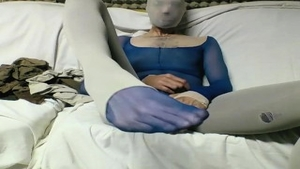 Young in pantyhose masturbation