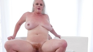 Hairy pussy stepmom needs hard sex in HD