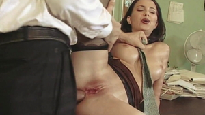 Veronica Sinclair plowed by huge cock Claudio Meloni