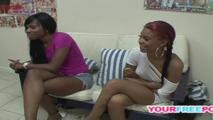 Babe got her pussy pounded at the casting