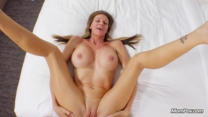 Blonde haired need creampied HD