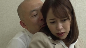 Rough sex alongside wet japanese MILF