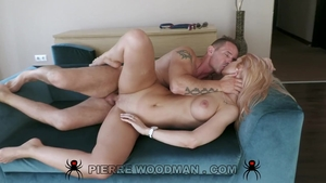 Hard slamming starring big butt blonde babe