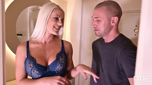 Raw hard sex amongst large boobs housewife Blanche Bradburry