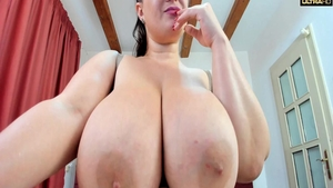 Big tits slut homemade pussy eating