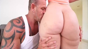 Hardcore nailing with big tits MILF Virgo Peridot