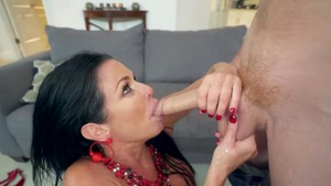 Flashing XXX amongst big tits raw Veronica Avluv